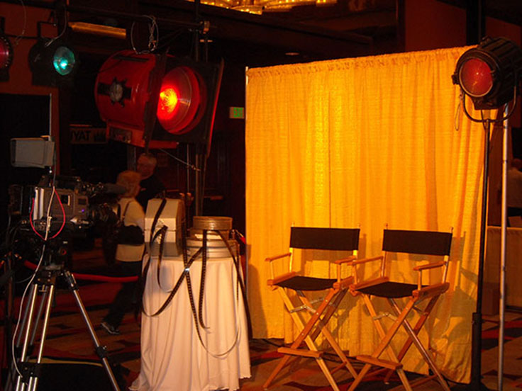 Hollywood Interview Set resize